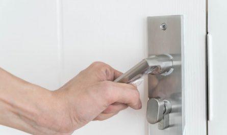 montaz drzwi zewnetrznych